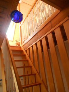 Escalier menant au 2ème étage