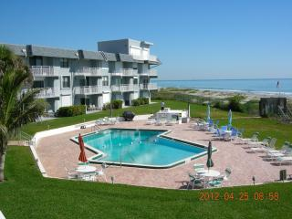 Beachfront condo with private keyed access to heat, Cocoa Beach