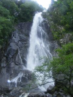 Beautiful walk to Aber Falls (20mins drive from here)