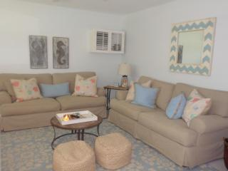 2/1 condo, Seabreeze South unit P1, Marco Island