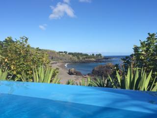 Marina Mar II: Three-Bedroom House with Ocean View