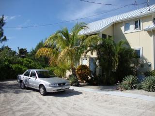 Mango Kai 2BR Island House, Grand Cayman