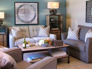 THREE WILTON FLATS, 1b/1b, posh, high-end comfort!, Fort Lauderdale