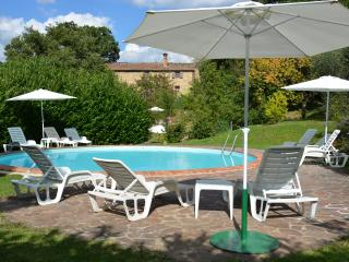 Il Casettino - farmhouse with pool