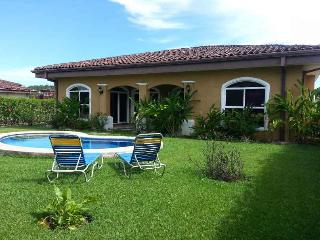 EcoVida Vacation Homes at Playa Bejuco with Pool