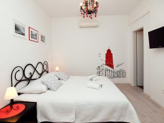Guest House LETA (Classic Suite), Split