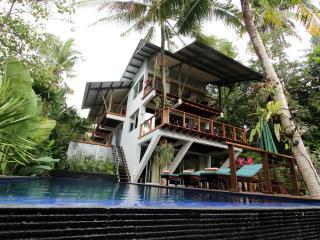 Villa Tree Tops Bali