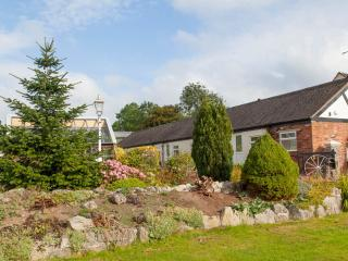The Corn Store, Birchenfields - 4 person cottage with use of large play barn