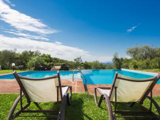 Charming House for 4/6 people next to S. Gimignano, Montaione