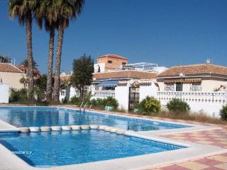 Beautiful bungalow with private corner site QTR716, Los Alcázares
