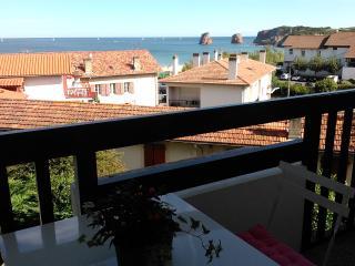 Moderno duplex a 100 m. de la playa, vista al mar, Hendaya