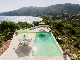 Beautiful Villa in secluded residence, Belvedere-Campomoro