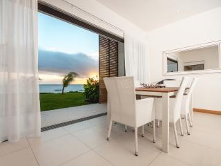 Cap Ouest 2 Bedrooms Beachfront Suite