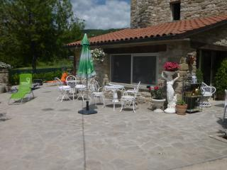Appartamento in casa in pietra in borgo toacano