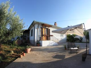 Big House Vivian, Trappeto