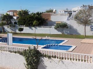 Semi detached Villa with pool Los Alcazares DOR307
