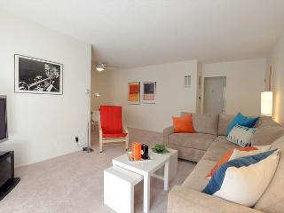 1 Bedroom Apt within one mile of the Beverly Center and Cedars Sinai, West Hollywood