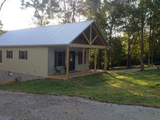 The Farm House (2 bedroom), Rogersville
