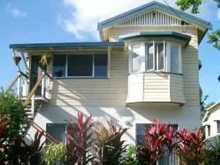Queenslander Holiday Apartment, Cairns