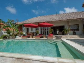 Nice Villa Clairian Bali 3 Bd, Ungasan