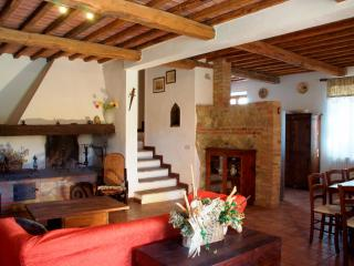 7 bedroom Villa in Rapolano Terme, Val d Orcia, Tuscany, Italy : ref 2293970