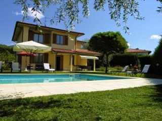 5 bedroom Villa in Loro Ciuffenna, Cortona and surroundings, Tuscany, Italy : ref 2294049
