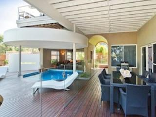 Pool & Entertaining Area