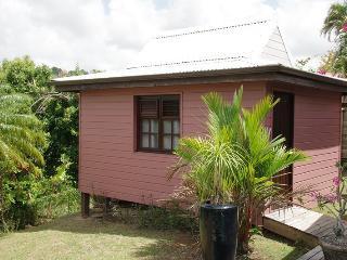 bungalow créole piscine, Ducos