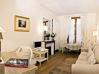 Saint Germain Upscale 1 Bedroom (2743), Paris