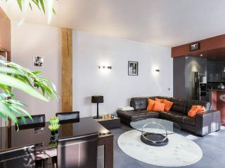 81sqm (872ft), Bastille, parking, modern, quiet, París