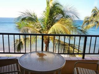 Sugar Beach Resort 1 Bedroom PENTHOUSE Ocean Front 21, Kihei