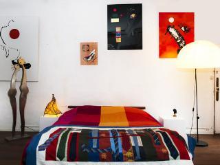 Chambre dans un appartement d'artiste peintre, Avignon