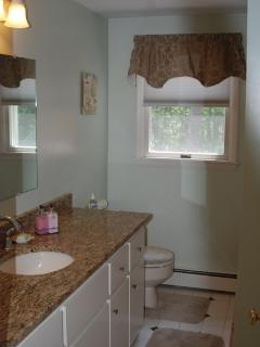 Beautiful main bath with granite counter tops