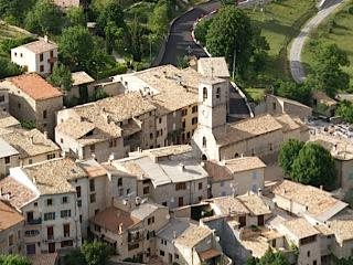 Belle maison de village, 06 Alpes Maritimes