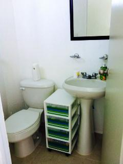 Bathroom (without shower)