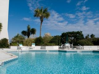Station One - 4D Paradise-Oceanfront condo with community pool, tennis, beach
