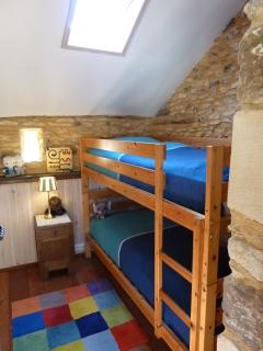 Bunks or single beds in bedroom