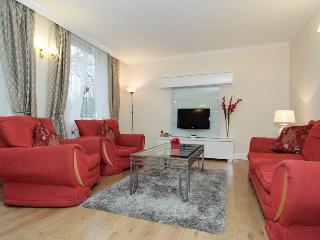 Modern Apartment near Oxford Street for Families, Londra