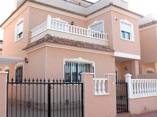 Beautifully finished  Detached Villa with pool R4, Los Alcázares