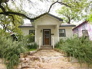 Clarksville Cottage - 1.5br/1ba - Very close to downtown, Austin