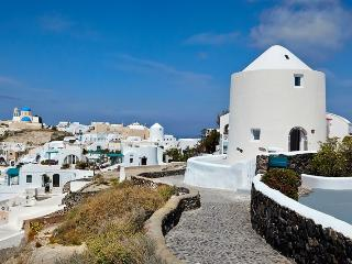 Oia Windmill-New stylish Villa in Oia