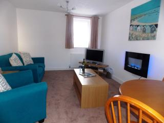 Wee Lossie Cottage -  a seaside retreat, ideal for couples FREE WiFi, Lossiemouth