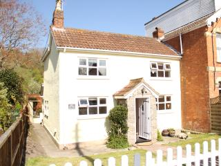 Peggys Place - Beautifully Refurbish 2 Bedroom Cottage