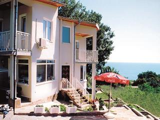 Holiday villa close to the beach