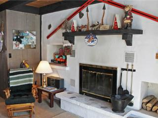 Located at Base of Powderhorn Mtn in the Western Upper Peninsula, A Quaint Duplex Located 1 Block from Main Ski Lodge with Shared Outdoor Hot Tub, Ironwood