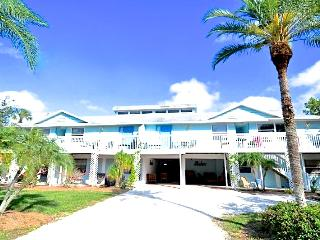 Old Man and the Sea Inn 1BR- 1 marlin from sand!, Siesta Key