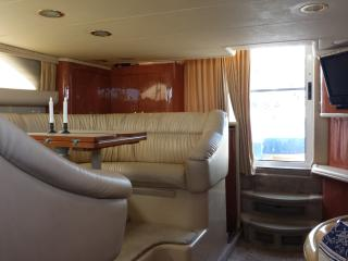 3 BR (4bed) 2 BA Luxury Yacht-Sunset Cruise avail