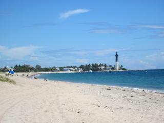 Pompano beach accross beach, renoved, corner, Pompano Beach