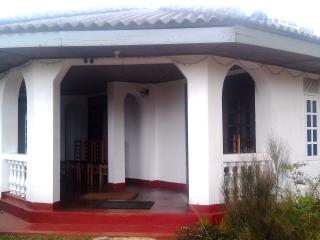 ST. ANDREWS HOSTEL Room 4, Nuwara Eliya