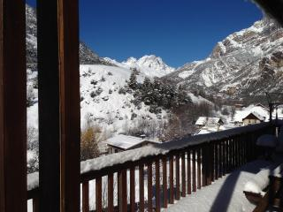 Balcony view north west towards Mt Pelvoux, Puy Saint Vincent & Serre Chevalier